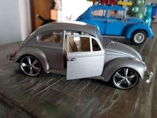 Volkswagen VW Beetle Silver Metal Model