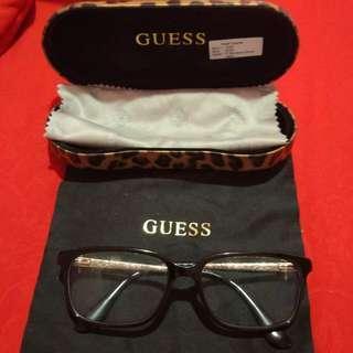 Guess kacamata authentic