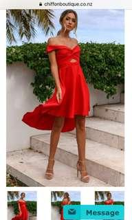 Red Dress || size 6