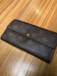 Authentic Louis Vuitton Sarah Long Wallet