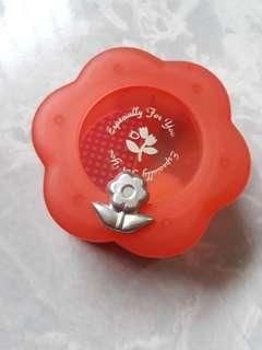Small Musical Box in flower shape