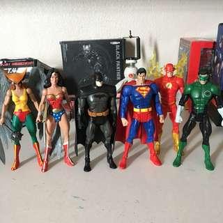 Dcuc justice league set (batman, superman, wonderwoman, hawkgirl, flash, green lantern) marvel legends