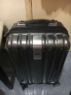 行李箱全新