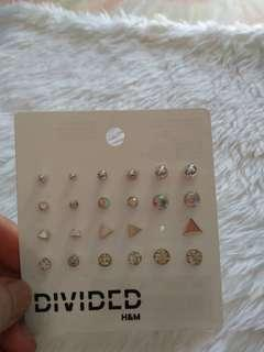 H&M stud earrings set