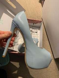 Platforms high heels