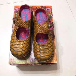 🚚 Macanna 麥肯納 兩穿鞋 娃娃鞋 拖鞋