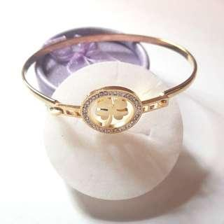 Stainless Steel Four Leaf Clover with Stone Bangle