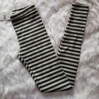 (FLASH SALES) Brandy Melville Striped Legging