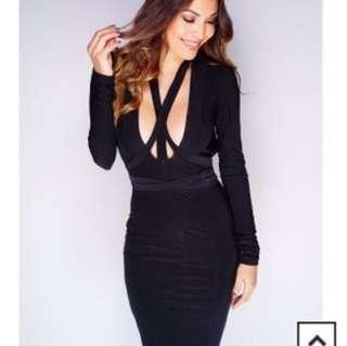 Long sleeve multiway black dress