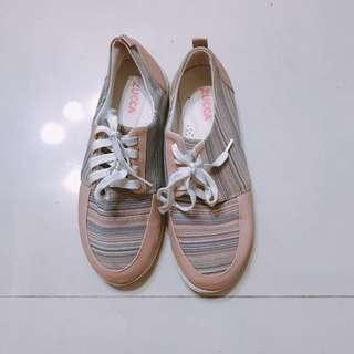 🚚 Zucca 軟嫩色 板鞋