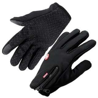全新touch screen防滑抓毛底保暖手套, 用途廣泛, 揸電單車, 單車合用 Motor Bike Bicycle Keep Warm Gloves