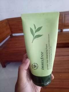 Innisfree greentea cleansing foam
