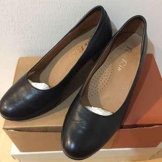 🚚 Rin Rin 黑色跟鞋