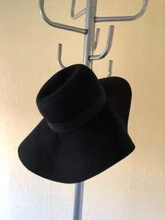 H&M Black Felt Broad Brim Winter Hat