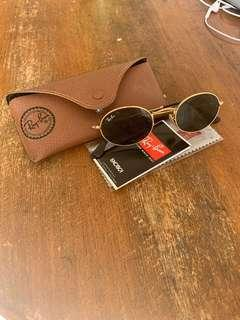 Brand new Rayban flat oval sunglasses RB3547n