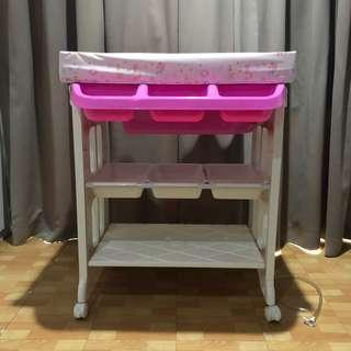Karibu Pink Baby Tafel