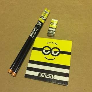 包郵全新日本Minions 迷你兵團壞蛋獎門人文具鉛筆擦膠notebook簿套裝set