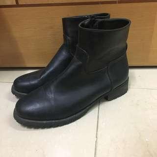 Plata全黑短boot