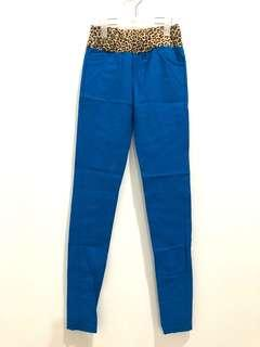 Celana legging motif macan
