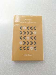 The sun and her flowers rupi Kaur NEW BOOK Hardcover #tgv3