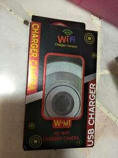 Charger camera