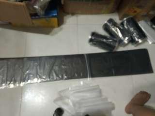 Windscreen sticker plain matte black 135cm