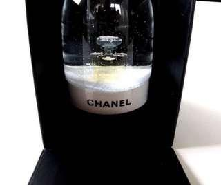 Chanel VIP Gift Snow Ball 水晶球 last one