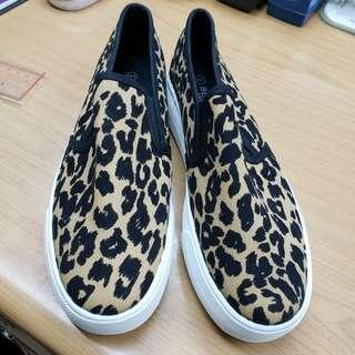豹紋休閒鞋