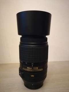 Nikon Telephoto 55-300mm f/4.5-5.6G AF-S DX NIKKOR ED VR Zoom Lens
