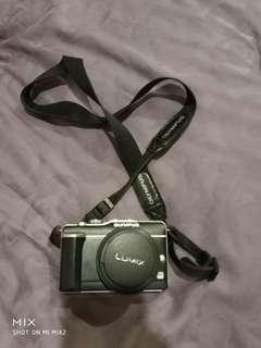 Olympus camera with extra lens
