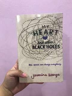 Preloved Book for sale ; My Heart and other Black Holes