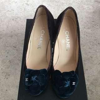 Chanel shoes pump in velvet