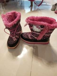 Hello kitty preloved winter boots