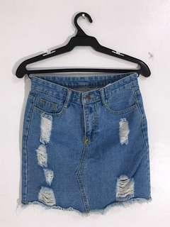 Ripped Denim Skirt! 💜