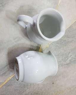 Claytan small creamer/milk jug