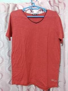Whoops Red Vneck XS MENS