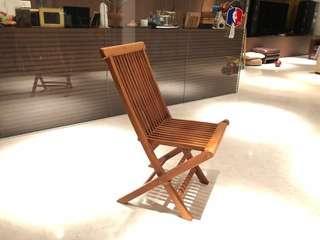 Foldable teak wood chairs