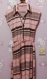 Dress pinky