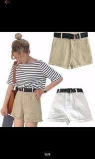 🚚 Khaki Shorts
