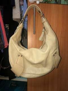 Kenneth Cole Cream White Shoulder Bag