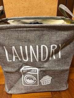 Foldable laundry basket