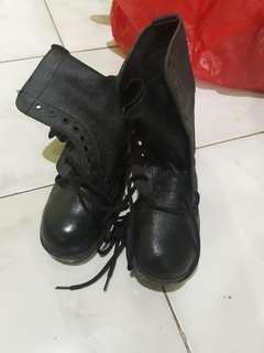 Sepatu PDL kulit jeruk
