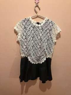 NYLA basic top black & white brukat