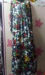 PRELOVED DRESSES (FIT TO SIZE L)