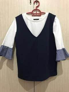 Flare sleeve ribbed blouse