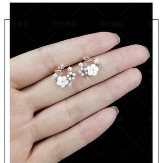🚚 Design 20-Stud earrings sterling silver simple wild earrings hypoallergenic fashion small fresh flower ear jewelry