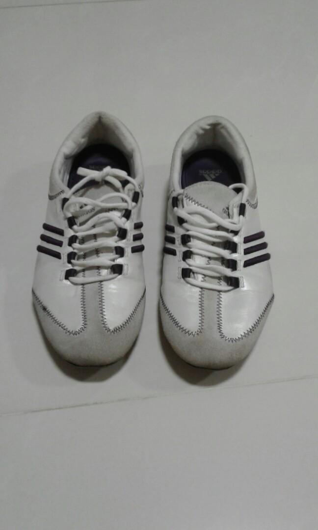 Adidas ladies shoe, Women's Fashion