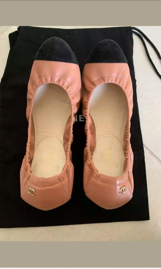 Authentic Chanel flats size 39