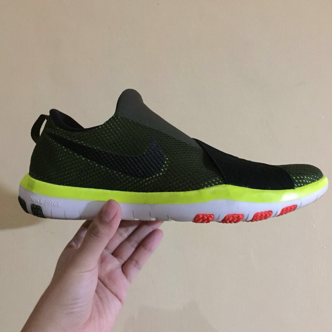 da1bbe0f7e14 FLASH SALE!! Authentic NIKE Free Connect
