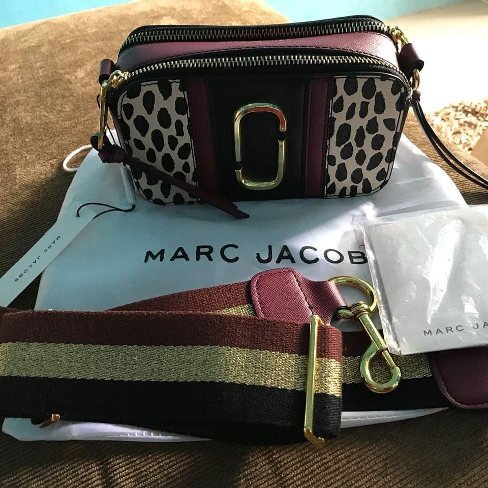 hot sale online 89e57 2349e MARC JACOB ITALY QUALITY, Luxury, Bags & Wallets on Carousell